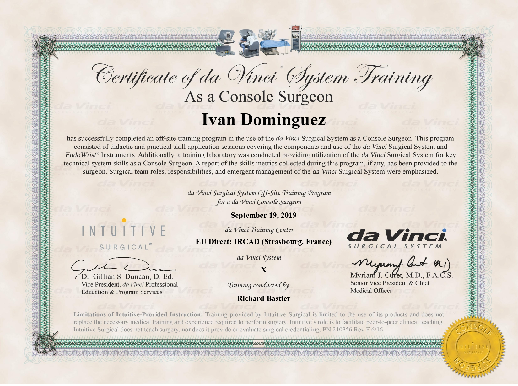 Iván Domínguez_Multi Port Console Surgeon Training Certificate